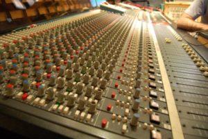 mixer radio carbonia