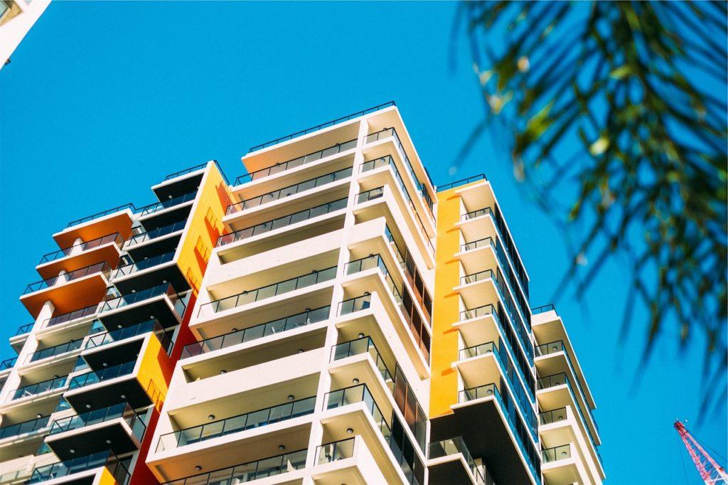 balcone di radio condominio contro il coronavirus
