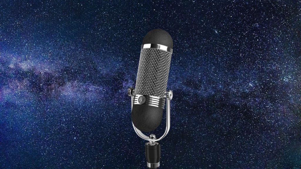 microfono nello spazio