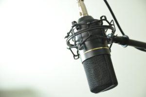 L'estetica della voce in radio