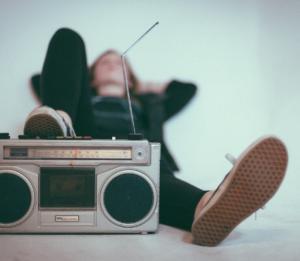 i giovani e la radio