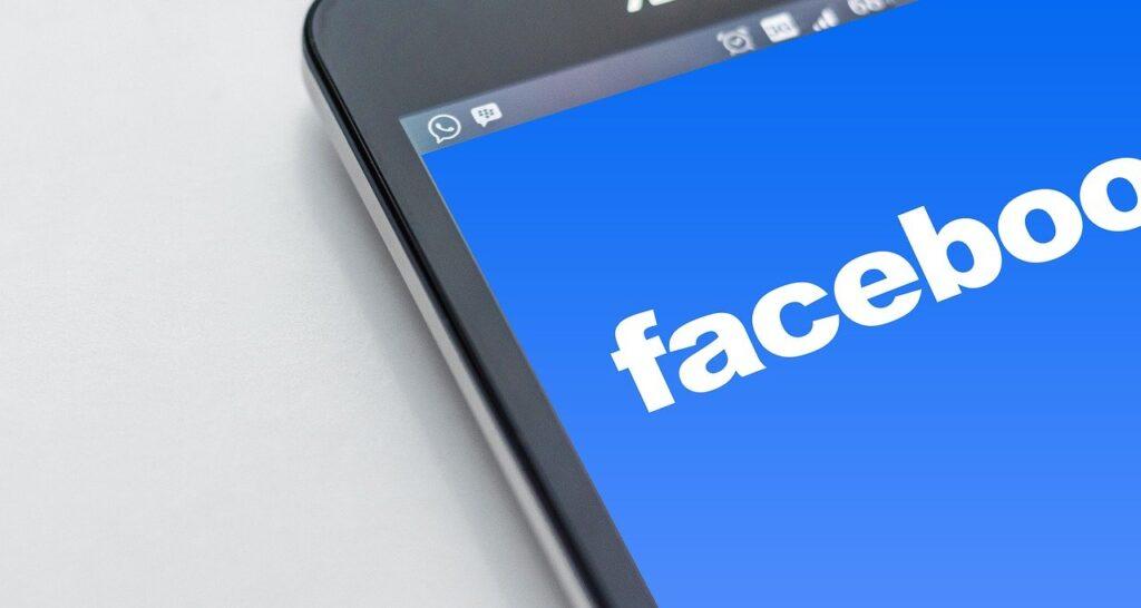 community facebook per la tua radio